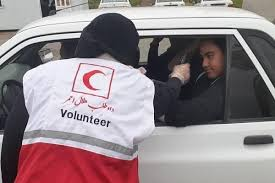 تیمهای امداد و نجات هلال احمر در تمام ورودی های استان غربالگری کرونا انجام می دهند